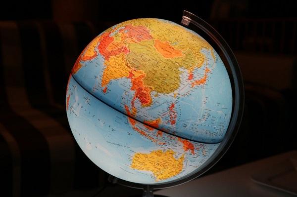 地球儀イメージ